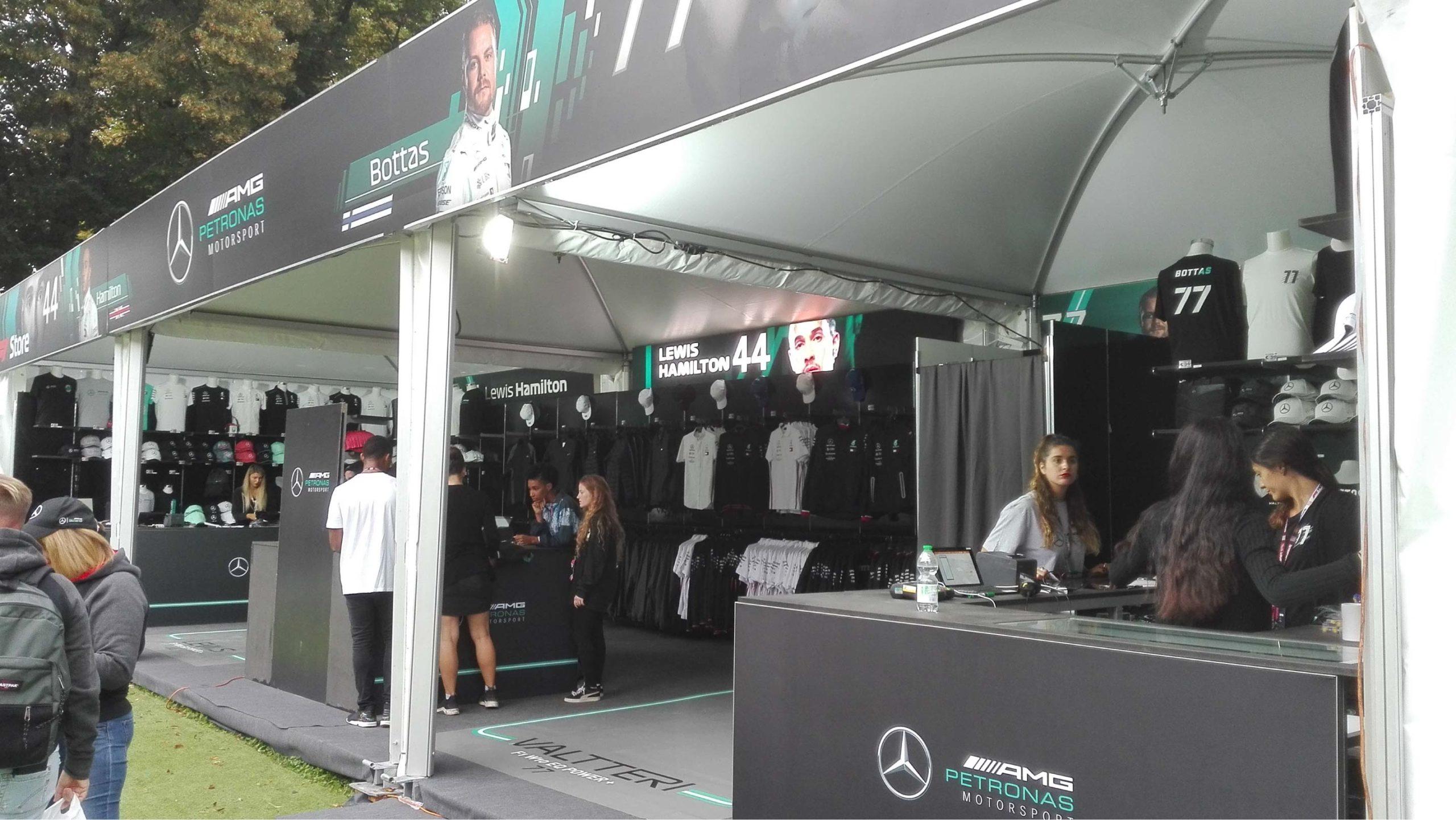 Magasin merchandizing AMG Petronas Motorsport F1 - Monza